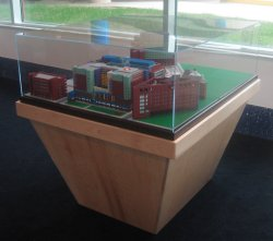 Childrens_Hospital_Display_Case_02