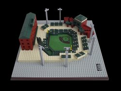 Stadiums_Cal_Senior_Yard
